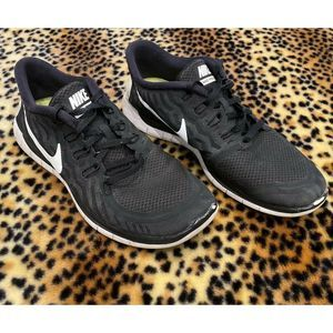 Nike Free 5.0 Black White Running Trainer 9 Shoe